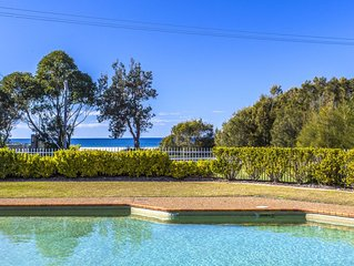 Fathoms 8 - 8/1A Mitchell Pde pool, tennis court and WIFI provided