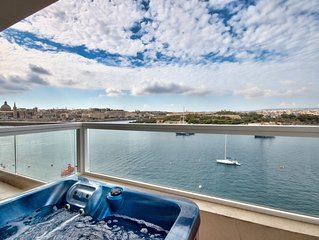 Captivating Views Seafront Sliema Apartment
