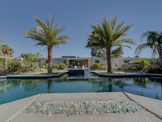 4br villa, huge pool, jacuzzi, bbq, total privacy close to downtown Las Vegas