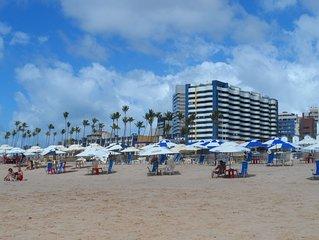 Bahia Suítes Residence - Flat em frente à praia do Jardim de Alah