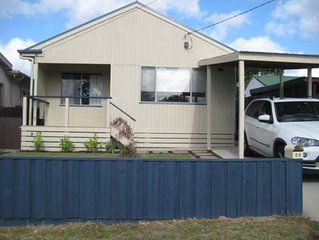 A spacious house, 400 metres from foreshore and close to local attractions.