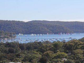 Quiet retreat with Pittwater views