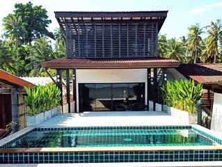 Ocean front villa with Private infinity pool & AC