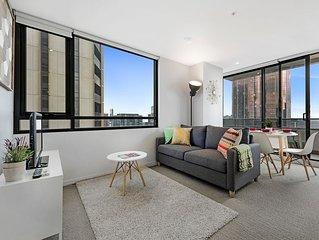 Modern CBD Apartment 2BR/2BTH
