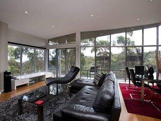 Ian Road Apartments 'Luxury Escape' Two Bedroom