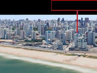 Apartamento com 2 suítes a 50 metros da praia com vista para o mar