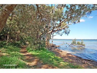 710 - Greville Getaway - ABSOLUTE WATERFRONT