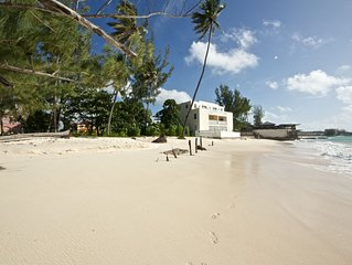 Cozy Beachfront apartment Ideal for Couples the perfect getaway