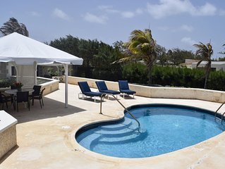 Paradise Point: Beautiful Two Bedroom Ocean Front Villa w Private Pool and Deck.