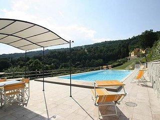Luxury villa,Air/cond,Private Pool,Tuscan Hills b/w Florence&Pisa sleeps 14/15