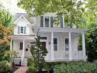 Spacious & Modern pet-friendly Victorian over 4,200 Sq Ft