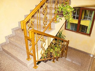 Lavender DREAM Apartment-2-BDR Central Apartment near boulevard 'Vl. Varnenchik'