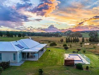 Abingdon House - Luxury Farm Stay Mudgee