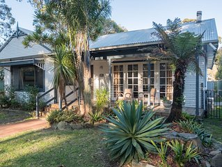 Morrison's at Bundeena. Great property for groups of family or friends.