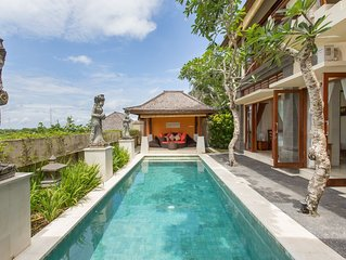 A Peacefull 3 Bedroom Villa Near Pandawa Beach, Uluwatu;