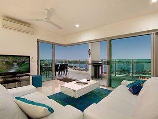 Skytower Sea Views Apartment