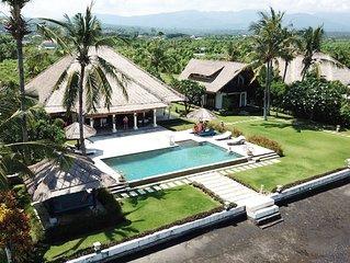 Villa Nusa Indah, Luxurious Beachfront villa near Lovina Bali