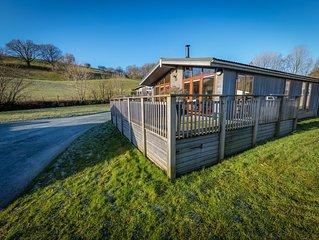 Organic 5 Star Cedar Lodge With Stunning Views Across Esthwaite Water