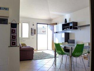 Bright three-room apartment, sea view, in the city center.
