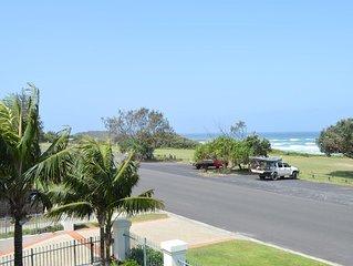 Breakers - Block 1 Unit 5, opposite Pippi Beach, Yamba, ocean views & pool