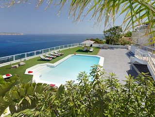 6 Bedroom Luxury Villa with pool and magnificent views of the Mediterranean