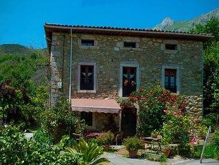 La Valleja. Casa rural para grupos con vistas a Los Picos de Europa