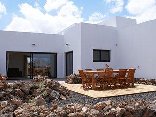Casa de 4 dormitorios con baño y terraza privada