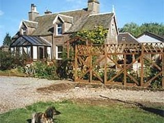 Ivy Cottage - Self-Catering Cottage In Crieff, Perthshire - Weekly Discount!
