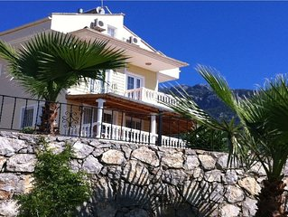 Mimosa A2 is a beautiful first floor 2 bedroom holiday apartment in Ovacik