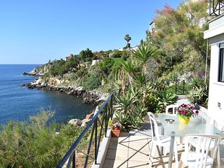 'Villa Acqua Chiara ''Terra'' - Apartments for Rent in Bagheria, Sicilia, Italy'