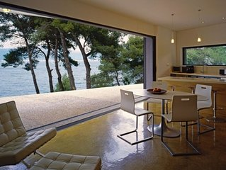 Waterfront villa, near Split/Trogir, private jetty, SUP, kayak, option  boat