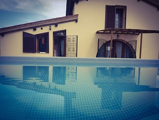 Private Villa with A/C, WIFI, private pool, TV, patio, pets allowed, panoramic v