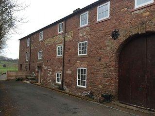 Carleton Mill Cottage, Carlisle - sleeps 4 guests  in 2 bedrooms