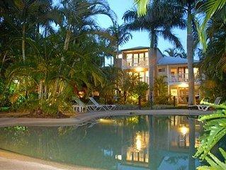 Location Location Location Gympie Terrace Noosaville Large Villa Resort Complex