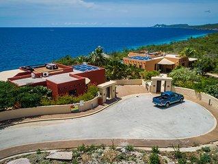 Villa La Brisa, Ocean Front, Swimming Pool, Family Friendly, Big Garden!