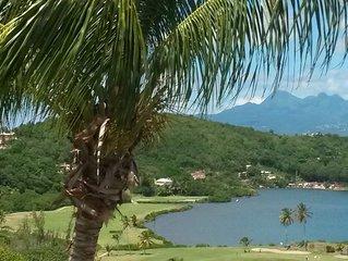 Villa 3 appartements ideale pour vacances entre amis, piscine, vue mer et golf
