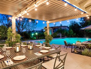 20% OFF JULY - Stunning Estate w/ Pool, Fire Pit & Private Tennis Court