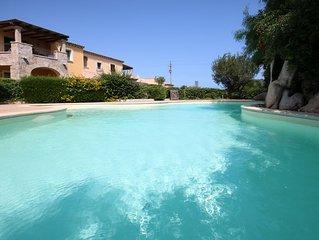 TANCA DI LADAS - Appartamento trilocale, aria condizionata, giardino e piscina