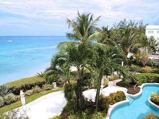 Villas on the Beach 303 - Ideal for Couples and Families, Beautiful Pool and Bea