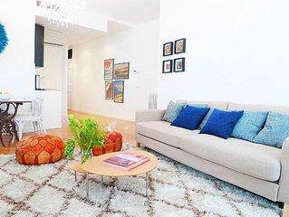 Vibrante La Latina apartment in La Latina with WiFi, air conditioning, balcony &