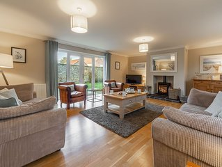 The warmest of welcomes awaits you at this super-stylish luxury cottage.