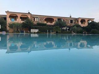 Moderno trilocale con piscina e free wifi
