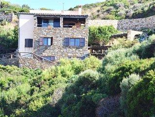 Appartamento monolocale in Villa Ginepro a torre dei corsari100 Metri dal Mare