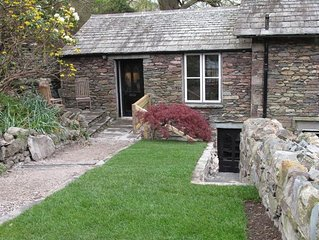 The Garden Cottage - One Bedroom House, Sleeps 2