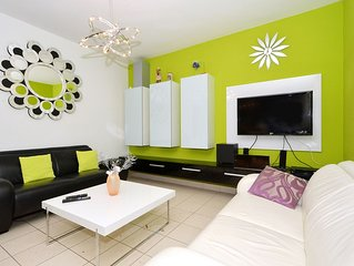 LOLA 2 stylish apartment, 100m from the beach - pet friendly