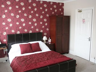 Fully furnished 5 ensuite bedroom house near Ipswich town centre and Waterfront