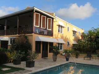 Luxury Countryside 2 bed apt with pool