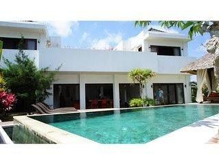 Minimalist villa 4 Bedroom Ungasan Bali