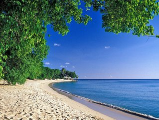 CLARIDGES NUMBER 6 BARBADOS - JUST 3 mins walk to Gibbs Beach - great location