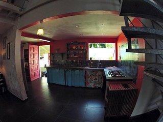 Villa atypique de 200 m2 à 100 m de la plage Anse Mitan
